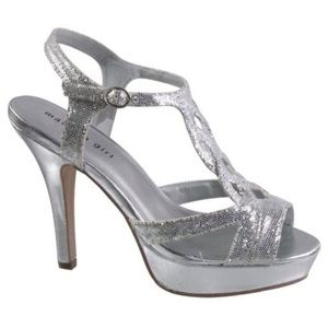 f121ab36eb6 Steve Madden Shoes - ✨ Madden Girl ✨ Loopyy T-Strap Silver Heels NWOT!